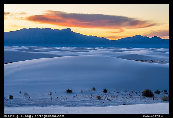 Dunes, Andres Mountains, and cloud at sunset. White Sands National Park (color)