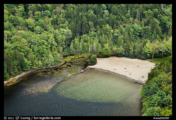 Beach on Echo Lake seen from above. Acadia National Park, Maine, USA.