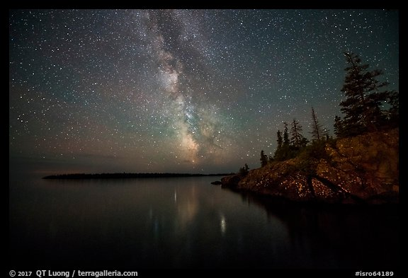 Milky Way, Smithwitck Island, Rock Harbor shores. Isle Royale National Park (color)