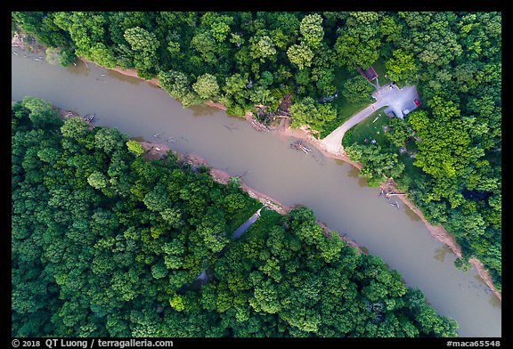 Aerial view of Green River and Houchin Ferry looking down. Mammoth Cave National Park (color)