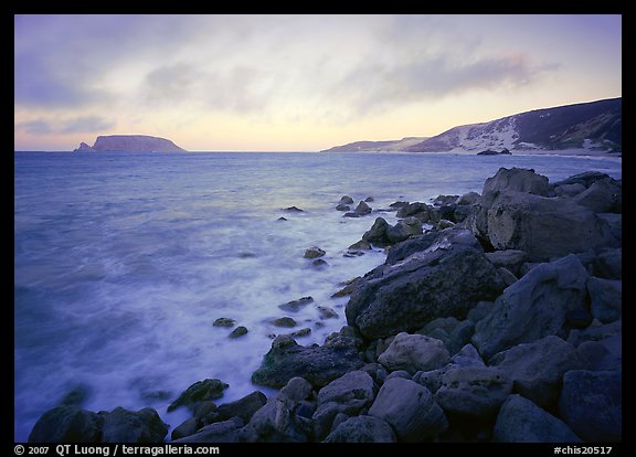 Boulders and coastline, Cuyler Harbor, sunset, San Miguel Island. Channel Islands National Park, California, USA.