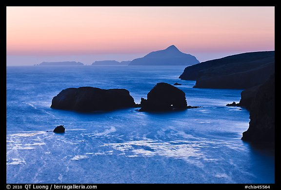 Scorpion Rocks and Anacapa Islands at dawn, Santa Cruz Island. Channel Islands National Park (color)