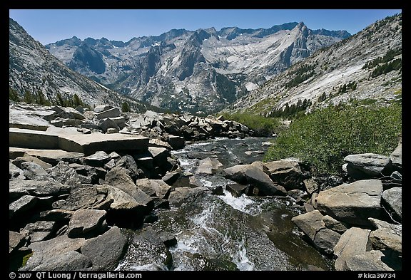 Stream plunging towards Le Conte Canyon. Kings Canyon National Park (color)