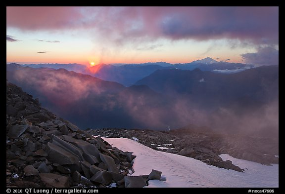 Sunset from Hidden Lake Peak, North Cascades National Park.  (color)