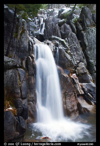 Chilnualna Falls, Wawona. Yosemite National Park, California, USA.
