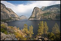 Hetch Hetchy reservoir in the summer. Yosemite National Park ( color)