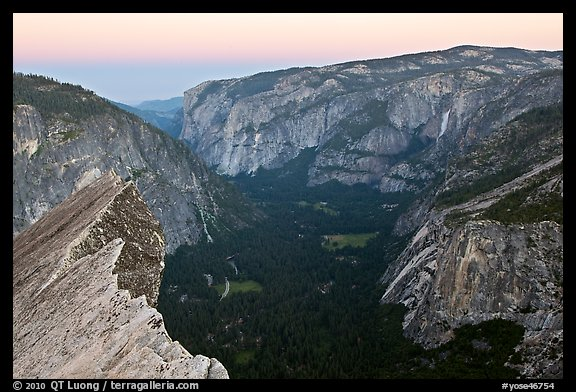 Yosemite Valley seen from Diving Board, dawn. Yosemite National Park (color)