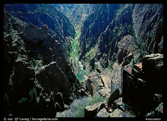 Canyon and river from Island peaks overlook, North rim. Black Canyon of the Gunnison National Park, Colorado, USA.