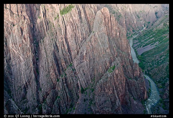 Gunisson River at Cross Fissures. Black Canyon of the Gunnison National Park (color)
