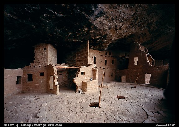Spruce Tree house. Mesa Verde National Park (color)