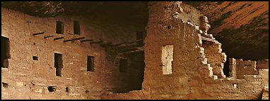 Cliff dwelling ruin. Mesa Verde National Park (Panoramic color)