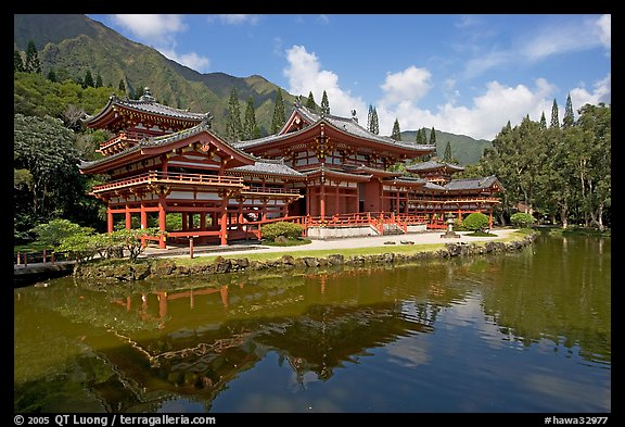 Byodo-In temple reflected in pond, morning. Oahu island, Hawaii, USA