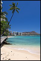 Beach and waterfront promenade. Waikiki, Honolulu, Oahu island, Hawaii, USA (color)