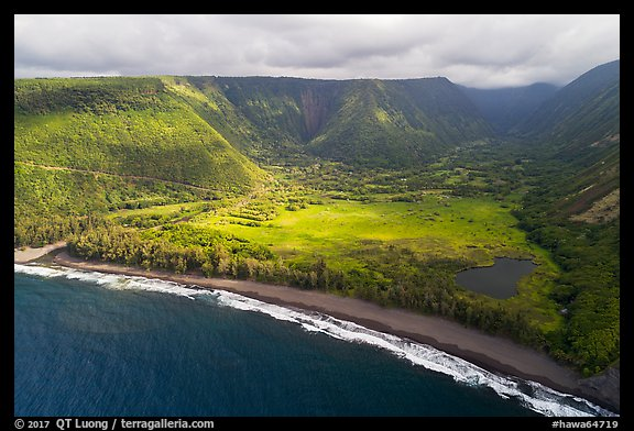 Aerial view of beach and Waipio Valley. Big Island, Hawaii, USA (color)