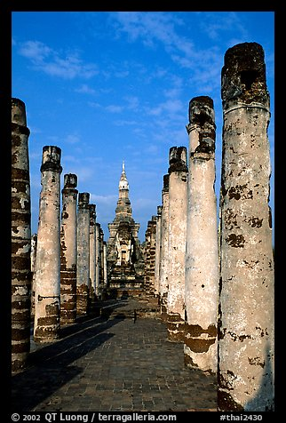 Ruined columns. Sukothai, Thailand (color)