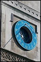 Sundial, Westminster Abbey. London, England, United Kingdom (color)