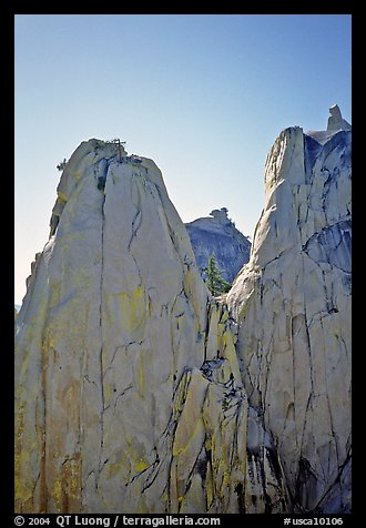 Granite spires, the Needles. Giant Sequoia National Monument, Sequoia National Forest, California, USA (color)
