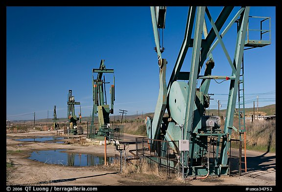 Oil extracting machinery, Chevron field. California, USA