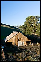 Old wooden barn. Morro Bay, USA