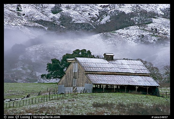 Barn with fresh dusting of snow. San Jose, California, USA