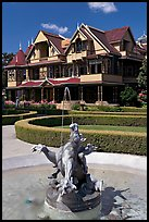 Fountain and mansion. Winchester Mystery House, San Jose, California, USA