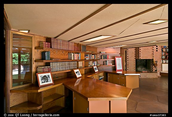 Hexagonally shaped desks in library, Hanna House. Stanford University, California, USA