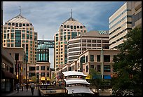 City center mall and Federal building. Oakland, California, USA