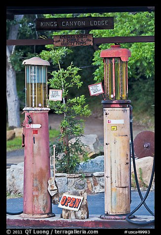 America oldest double gravity gas pumps, Kings Canyon Lodge. California, USA