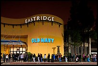 Line outside Eastridge shopping mall. San Jose, California, USA