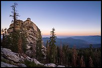 Buck Rock at dawn. Giant Sequoia National Monument, Sequoia National Forest, California, USA ( )