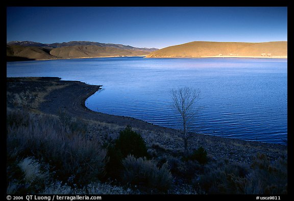Topaz Lake, late afternoon. California, USA (color)