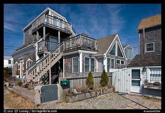 Beach and houses, Provincetown. Cape Cod, Massachussets, USA