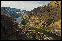 Snake River winding through Hells Canyon. Hells Canyon National Recreation Area, Idaho and Oregon, USA ( color)