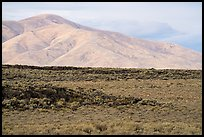 Little Park kipuka edge and Pioneer Mountains. Craters of the Moon National Monument and Preserve, Idaho, USA ( )