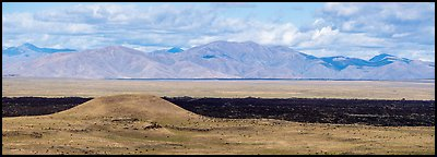Grassy Lava Flow and Pioneer Mountains. Craters of the Moon National Monument and Preserve, Idaho, USA (Panoramic )