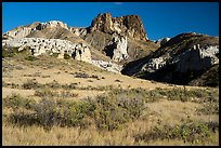 Grassland, Dark Butte and Archangel formations. Upper Missouri River Breaks National Monument, Montana, USA ( color)