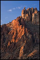 Ryolite pinnacles at sunset. Smith Rock State Park, Oregon, USA ( color)
