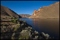 Lake Owyhee at Leslie Gulch. Oregon, USA ( color)