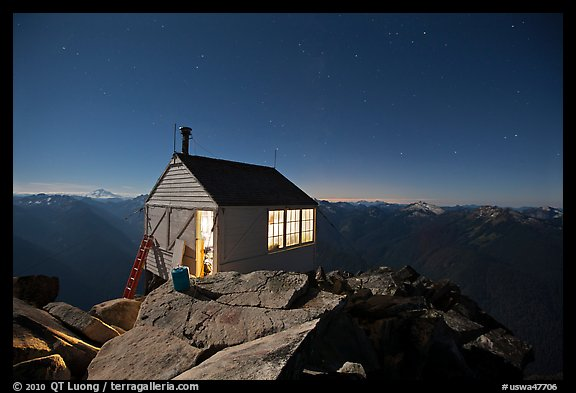 Fire lookout on Hidden Lake Peak by night. Washington (color)