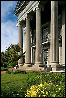Columns on side of old courthouse museum. Vicksburg, Mississippi, USA ( color)