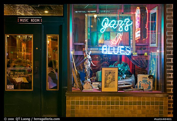 Storefront of bar with Jazz and Blues life performances. Memphis, Tennessee, USA