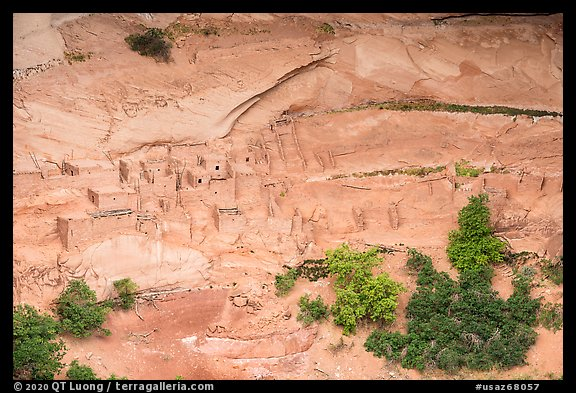 Betatakin cliff dwelling. Navajo National Monument, Arizona, USA (color)