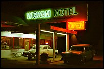 Motel with classic American cars, Holbrook. Arizona, USA ( color)