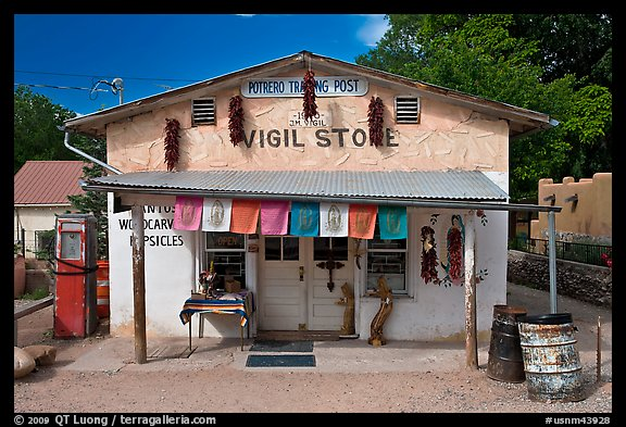 Store, Sanctuario de Chimayo. New Mexico, USA