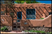 House in revival pueblo style, Canyon Road. Santa Fe, New Mexico, USA