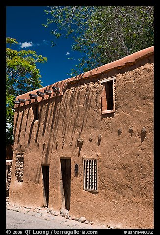 Casa Vieja de Analco. Santa Fe, New Mexico, USA