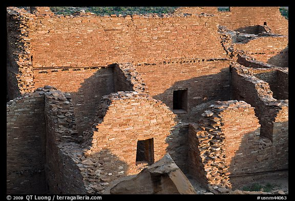 Interconnected rooms, Pueblo Bonito. Chaco Culture National Historic Park, New Mexico, USA