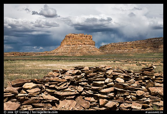 Wall and Fajada Butte, afternoon. Chaco Culture National Historic Park, New Mexico, USA