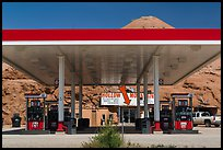 Hollow Mountain gas station, Hanksville. Utah, USA ( color)