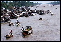 Heavy activity on the river. Can Tho, Vietnam ( color)
